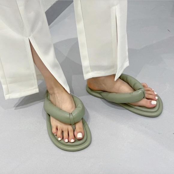 Zara quilted slides flip flop